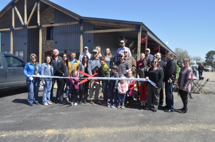 Poteau Chamber Welcomes New Business