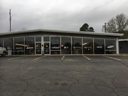 Business Building for lease in Poteau